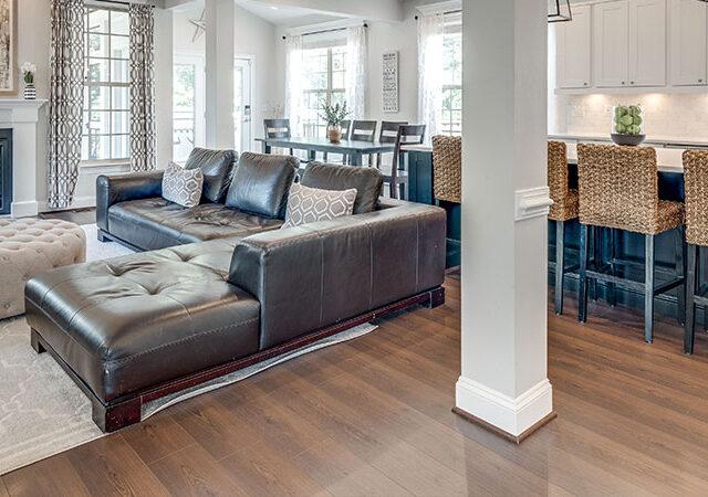 Laminate Flooring vs. Hardwood Flooring – What's Best for YOU?